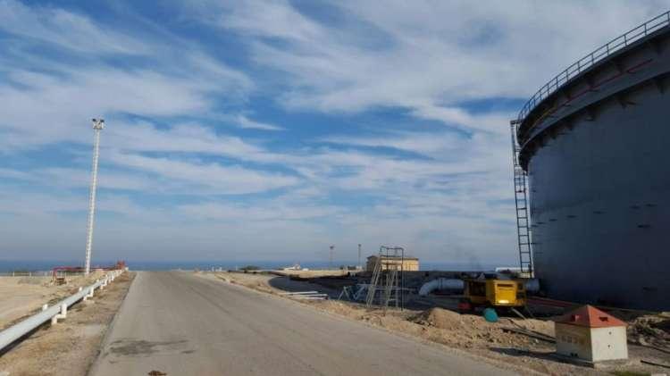 پروژه مخزن شرکت ساحل پرتو آذز